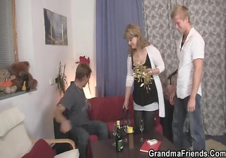 0 boy-friends pick up mature and group sex her