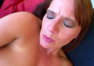 victoria red - mature milf