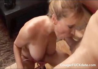 cougar gives a great oral-service